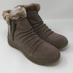 Bare traps Women's Acelyn Zip Boot